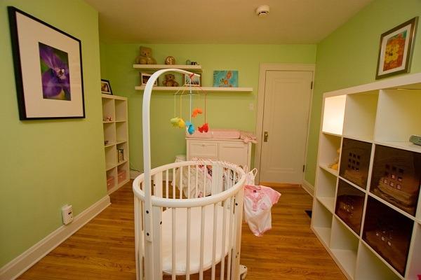 14 inspiradores arreglos para bebe cunas y habitaciones for Disenos de cuartos para ninas sencillos