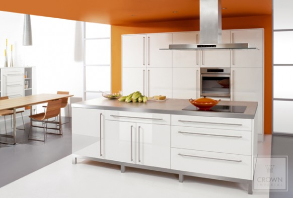 Cocina color naranja arkihome - Cocinas de color ...