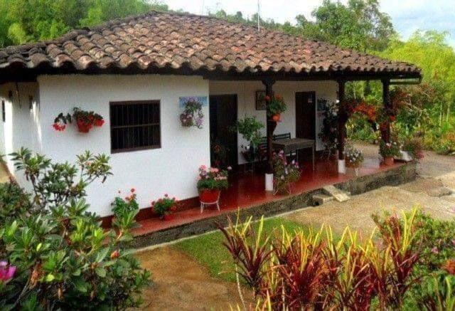 25 Modelos De Casas Rusticas De Campo Arkihome Arkihome Arquitectura Y Diseno De Interiores